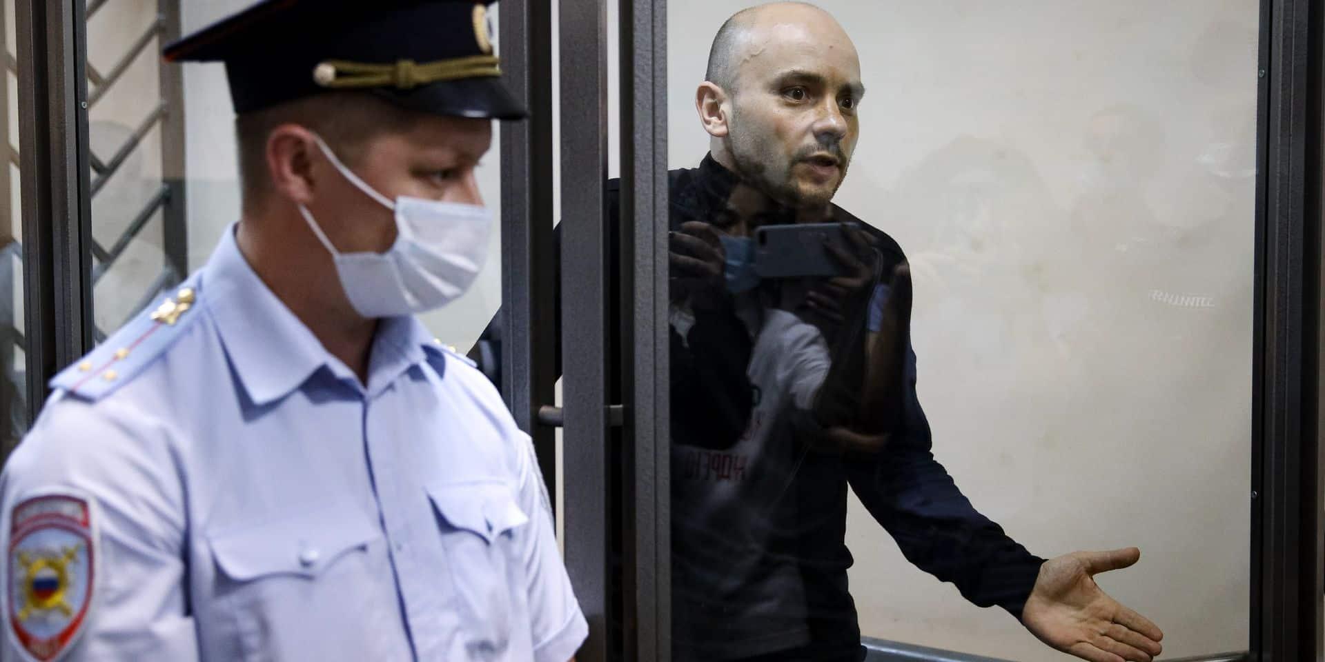 """L'opposant russe Pivovarov placé en détention provisoire : """"Un prétexte pour l'empêcher de participer aux élections"""""""