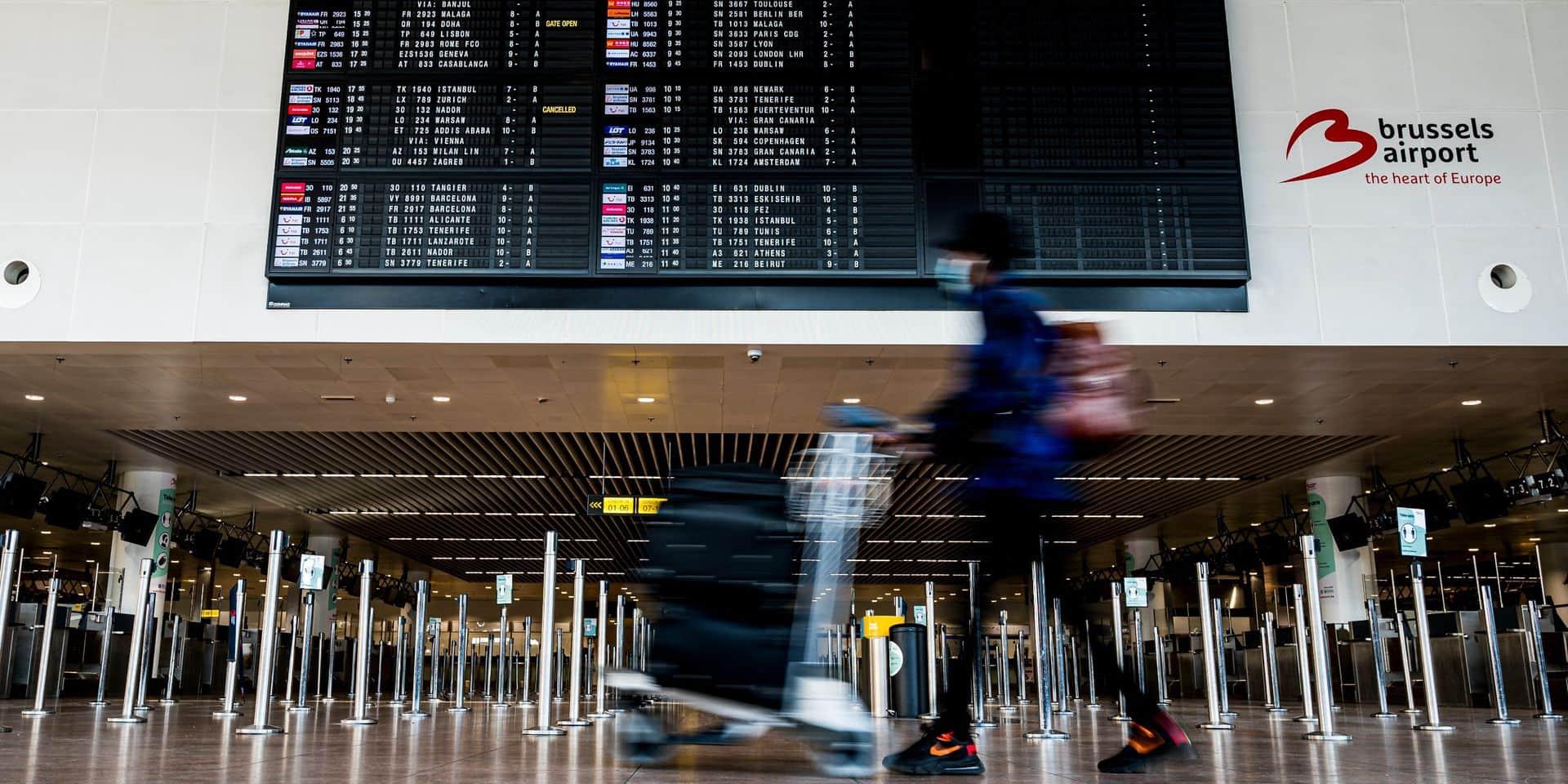 """Pour les aéroports belges, il est """"vital de lever rapidement l'interdiction des voyages non essentiels"""""""
