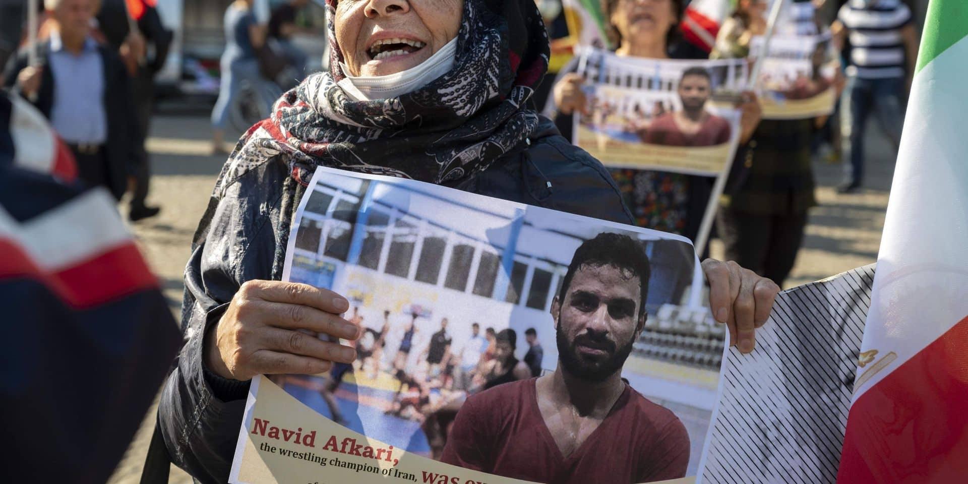 """L'UE condamne """"dans les termes les plus forts"""" l'exécution du lutteur Navid Afkari"""