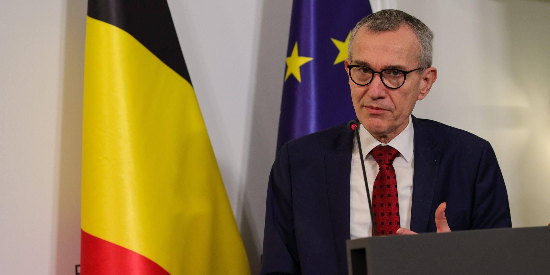 Quand le ministre Vandenbroucke charge la Wallonie et Bruxelles sur la vaccination