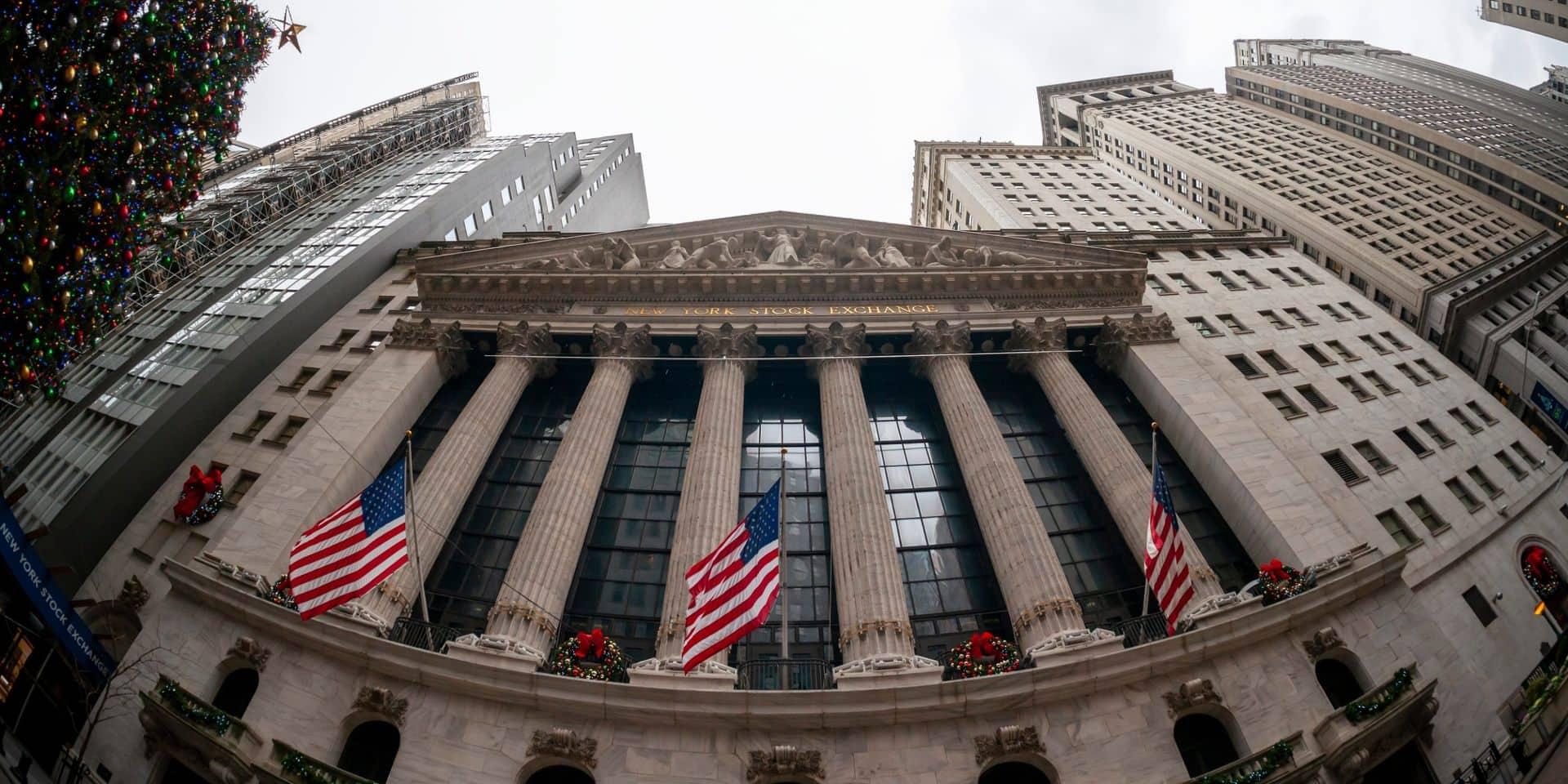 Wall Street ouvre en hausse, soutenue par Intel et American Express