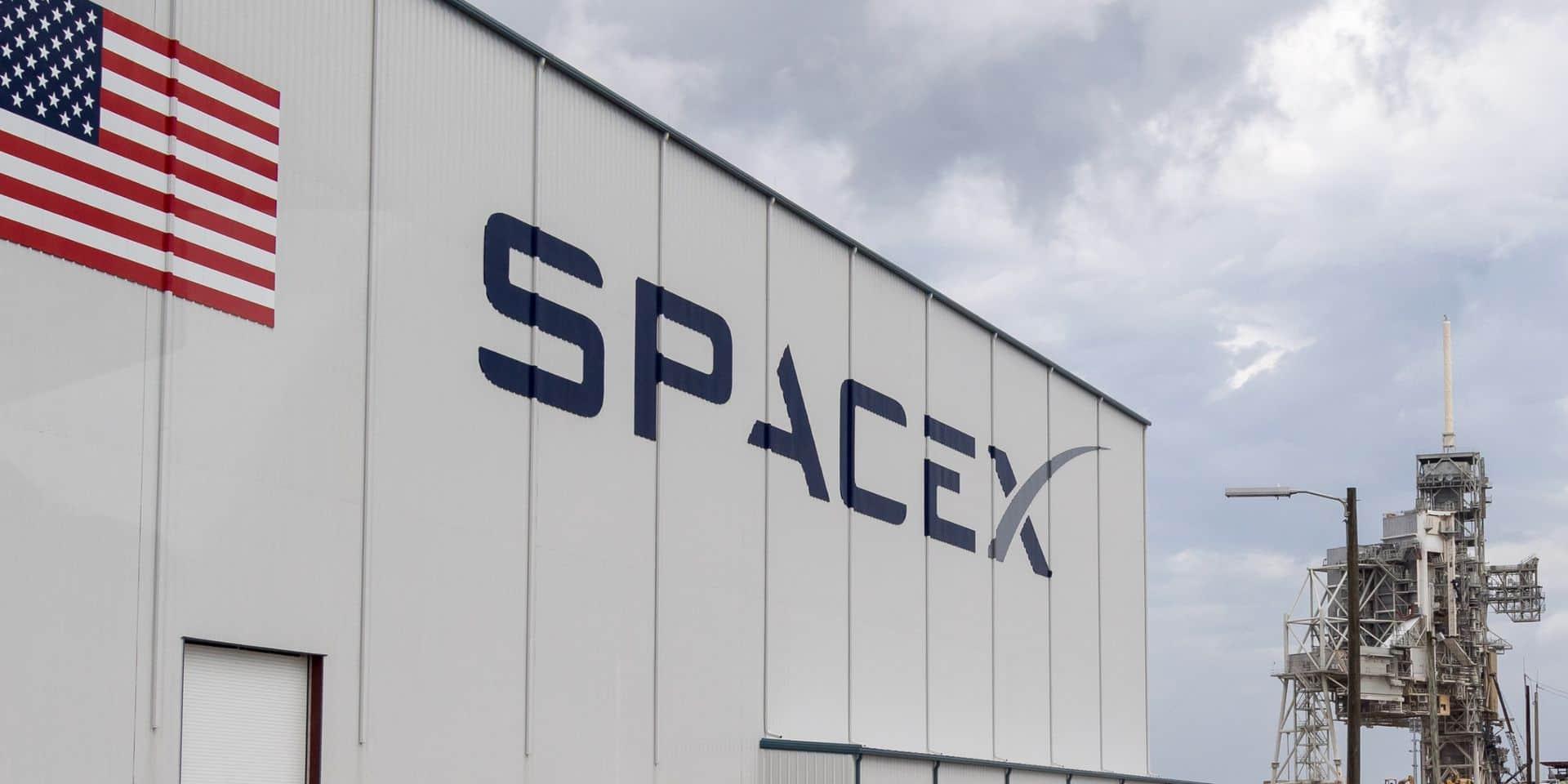 """SpaceX sur le point de monopoliser l'espace ? """"Sur tous les satellites en opération, 35 % appartiennent à un homme, Elon Musk"""""""