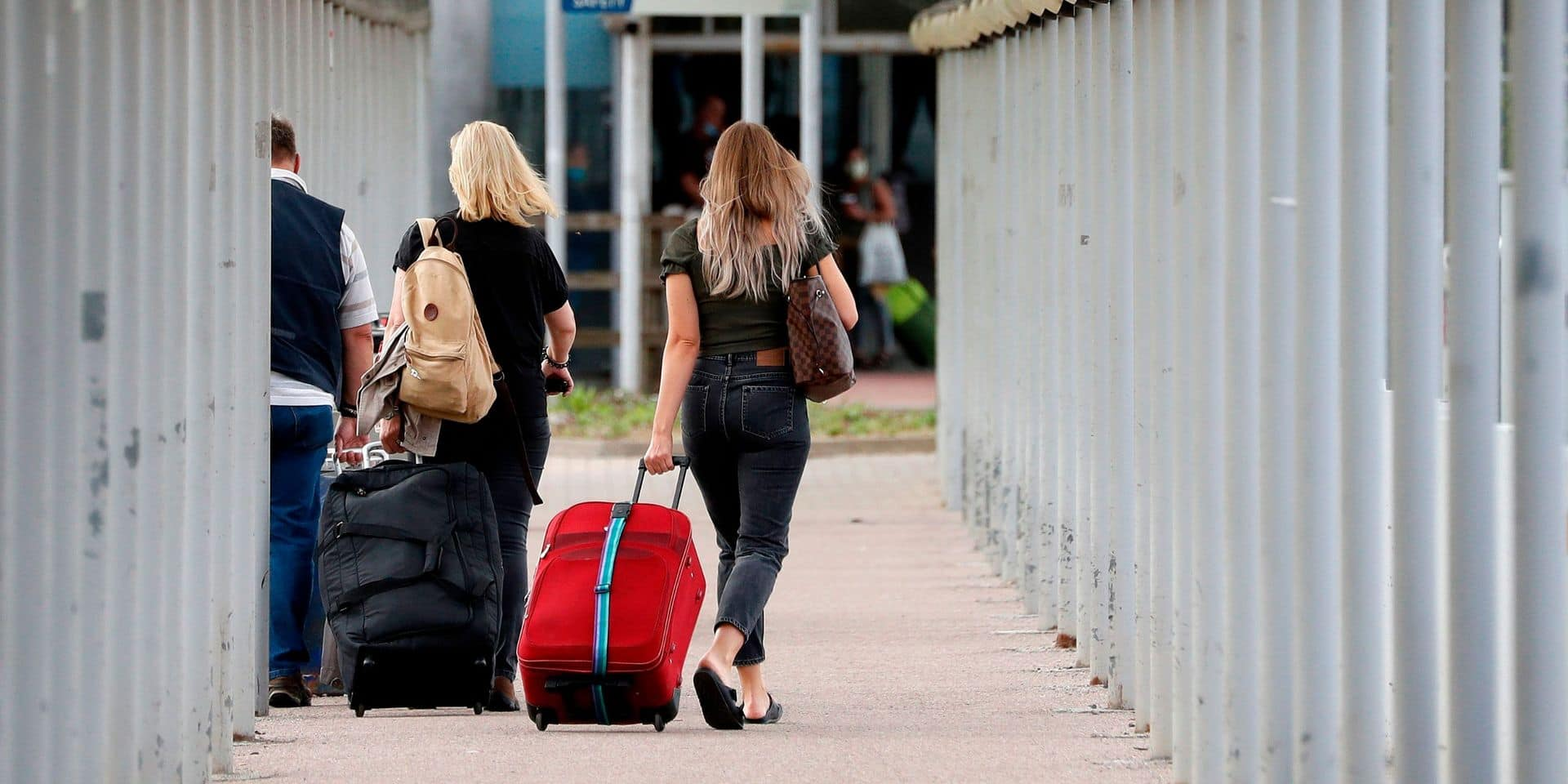 Deux terroristes présumés arrêtés dans un aéroport londonien