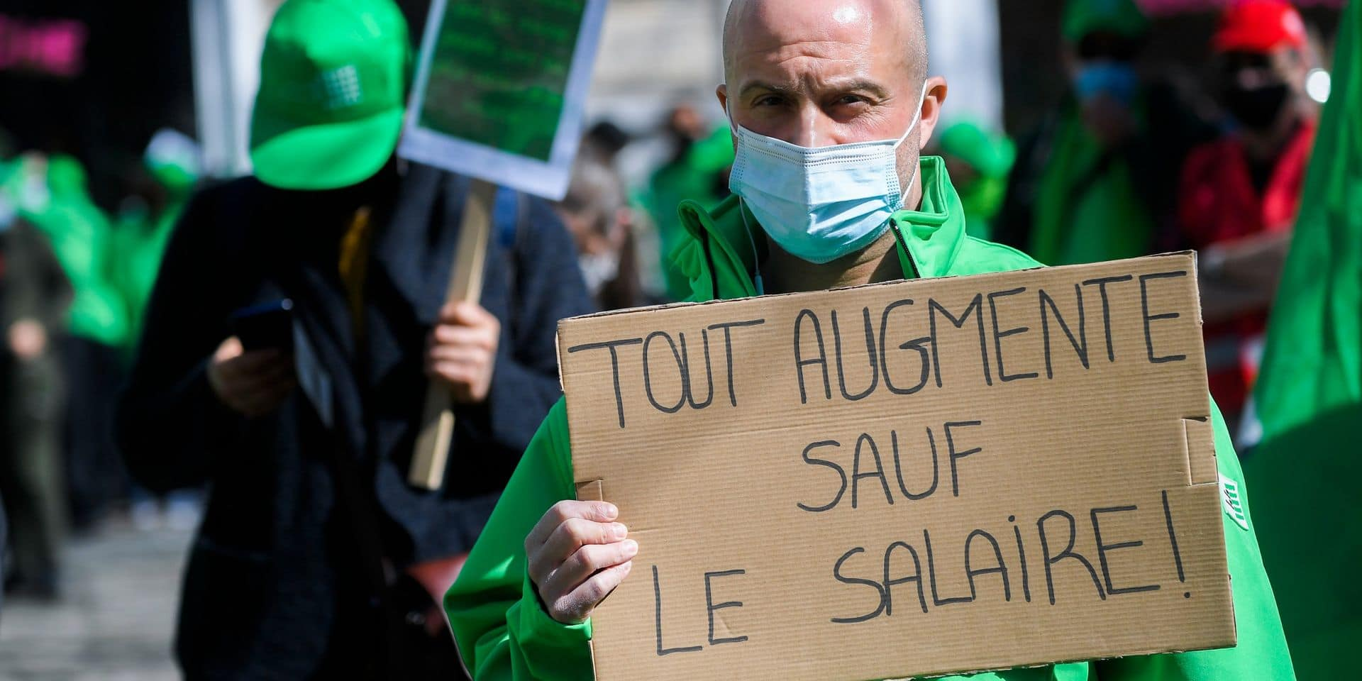 """Les syndicats adressent un avertissement au gouvernement : """"Nous n'acceptons pas cette stratégie qui rompt avec la solidarité"""""""