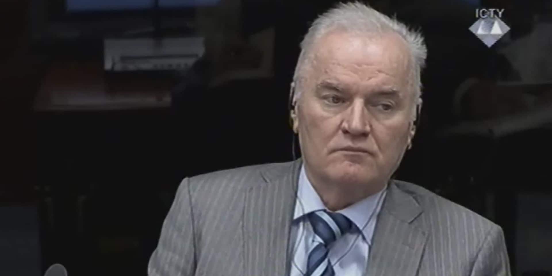 """Le procès en appel de Mladic, le """"Boucher des Balkans"""", s'ouvre à La Haye"""