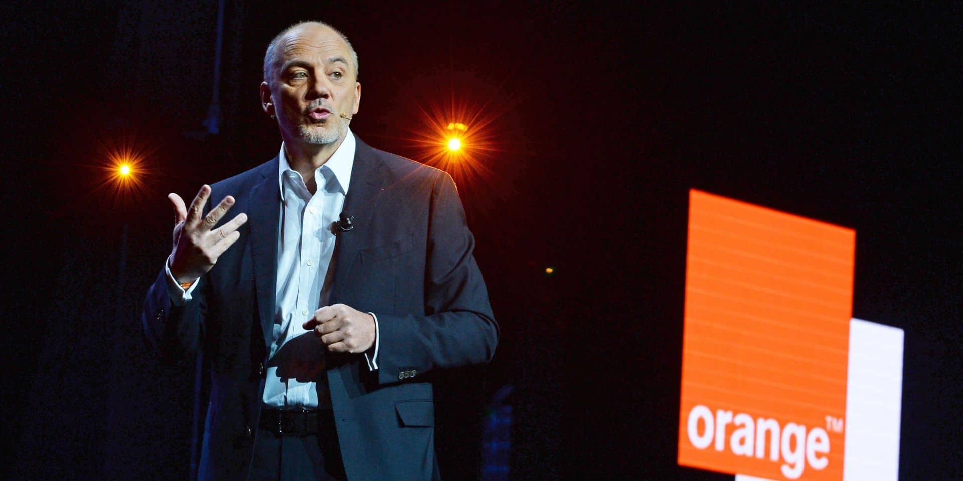 """Panne des numéros d'urgence: la situation est """"sous contrôle"""" selon le PDG d'Orange qui évoque """"une défaillance logicielle"""""""