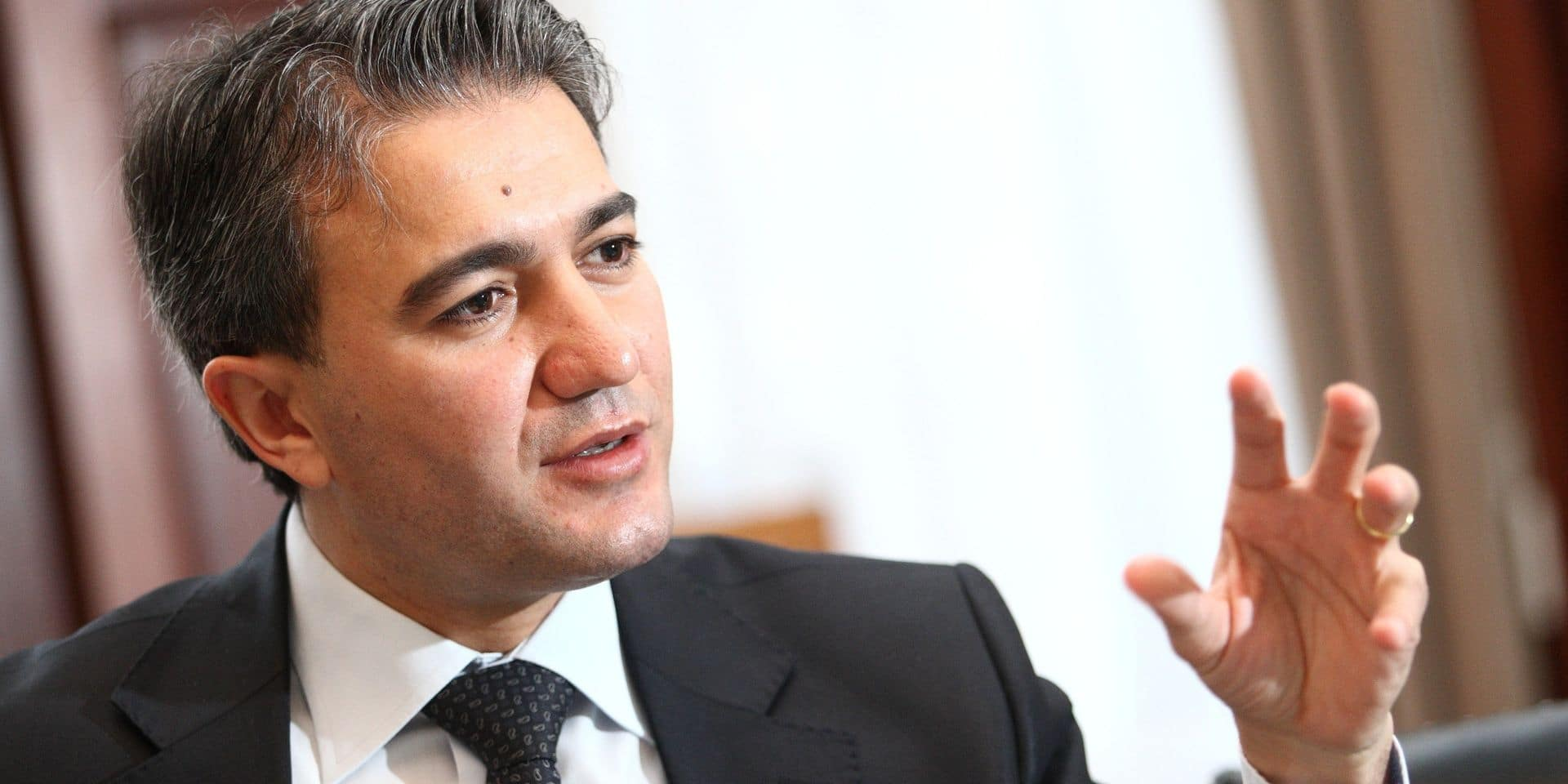 Face à la polémique, Emir Kir présente ses excuses