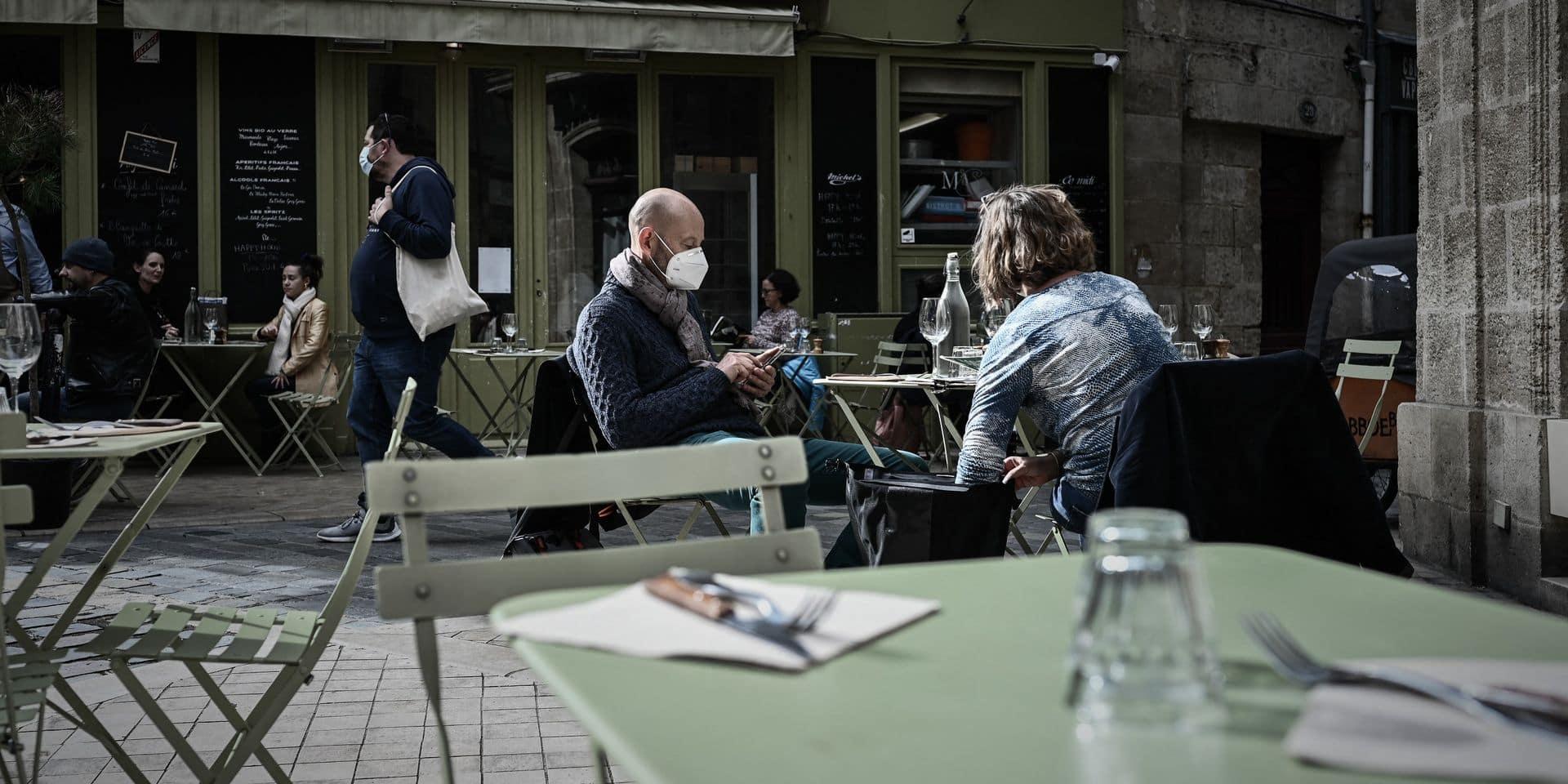 L'horeca louvaniste déplore l'interdiction des écrans en plexiglas sur les terrasses