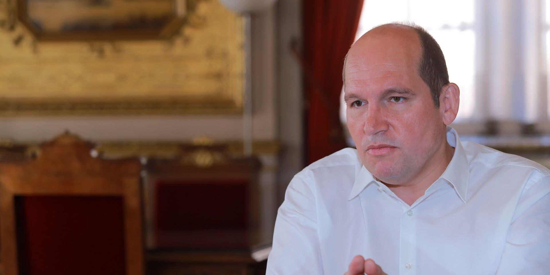 """Violences dans les Marolles, le bourgmestre Philippe Close prévient : """"La police sera partout, tout le temps"""""""