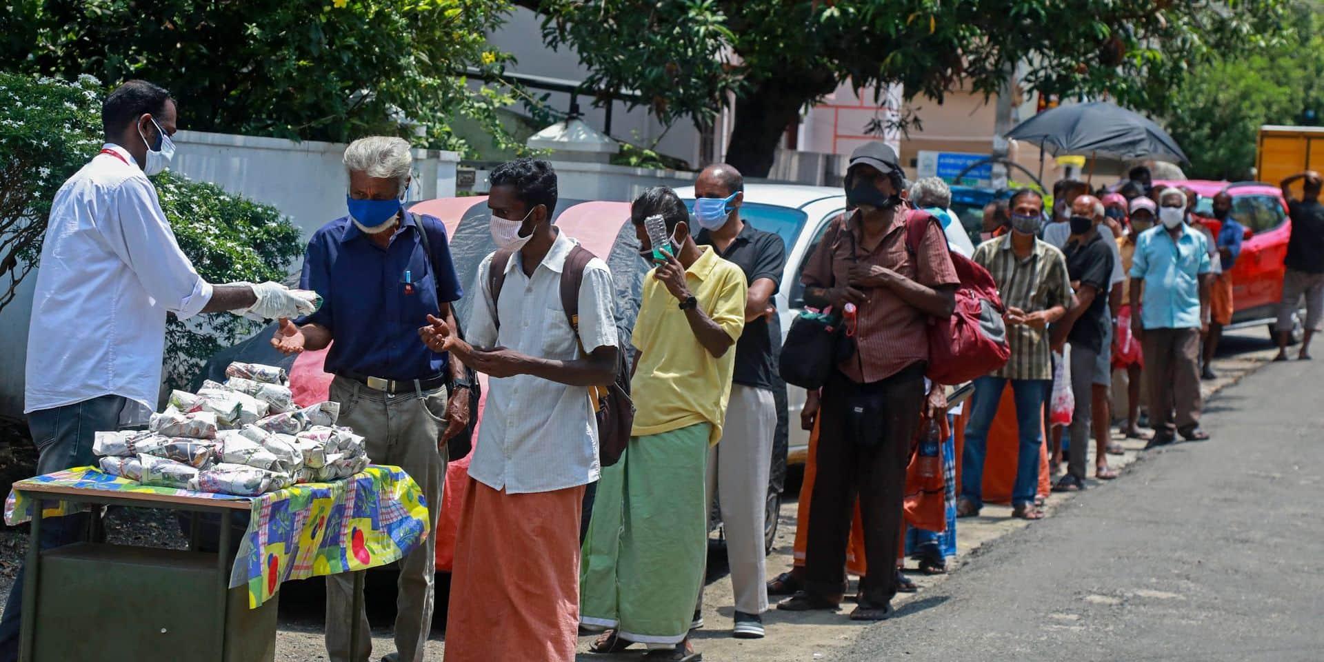 """Le gouvernement indien bloque les dons aux ONG : """"C'est comme si l'on nous avait pris nos chaussures et coupé le pied"""""""