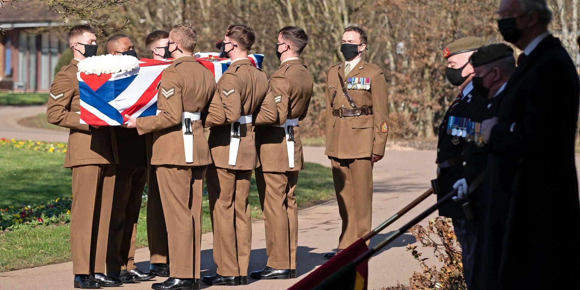 Le Royaume-Uni rend un dernier hommage à son héros, Captain Tom