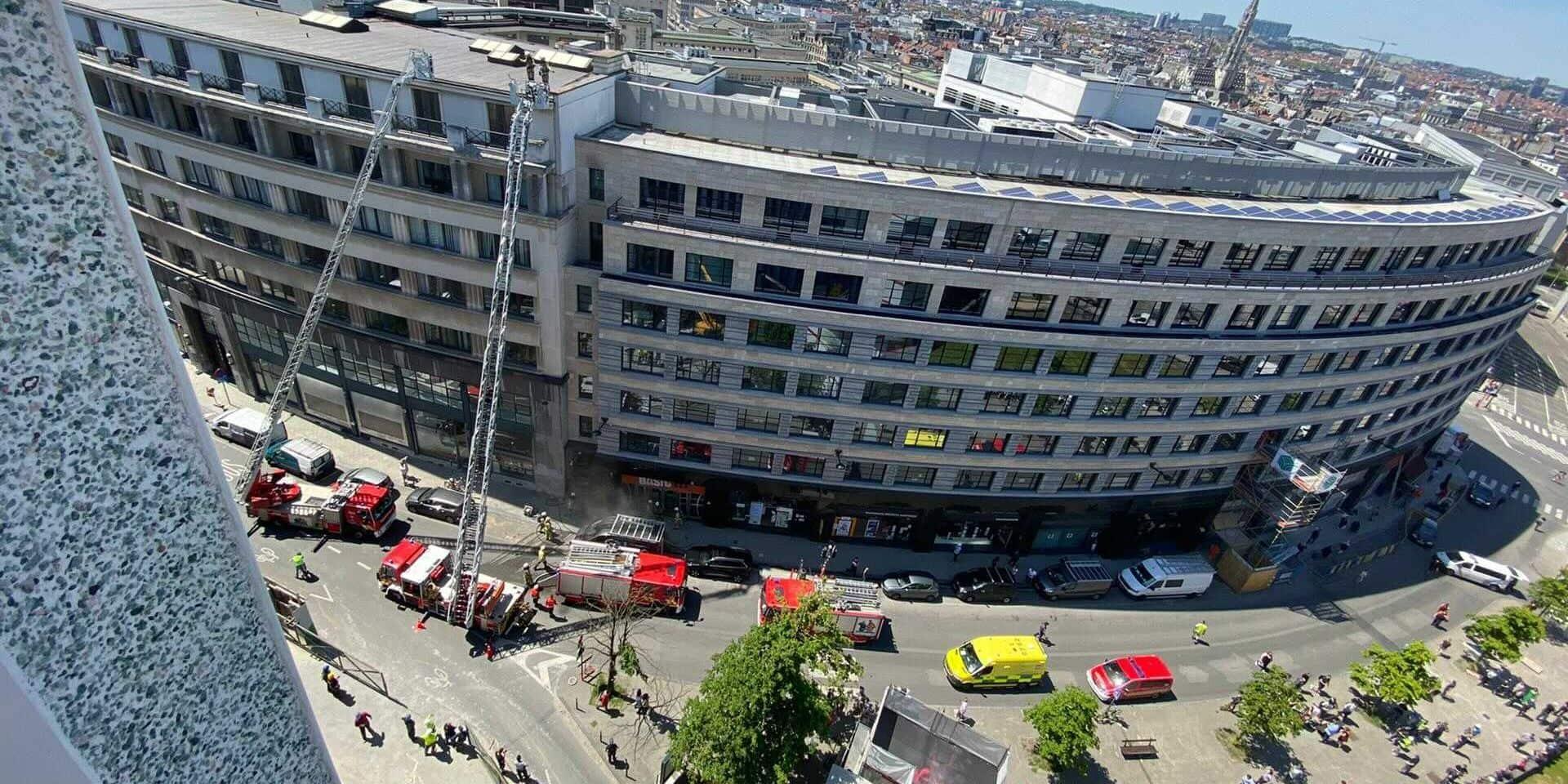 Bruxelles: la rédaction de De Standaard brièvement évacuée en raison d'un incendie