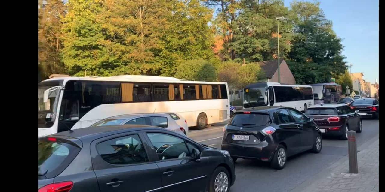 Nouveau plan de circulation au bois de la Cambre : pas plus de congestion automobile qu'avant, observe Bruxelles Mobilité