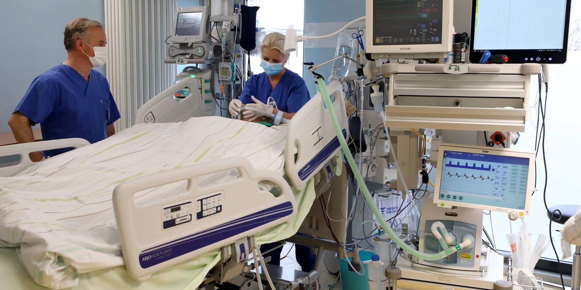 Coronavirus en Belgique: la baisse du nombre de personnes hospitalisées se confirme