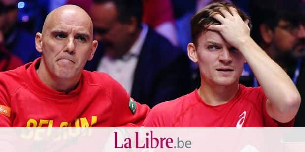 Belgian captain Johan Van Herck and Belgian David Goffin pictured during a tennis game against French Jo-Wilfried Tsonga, game four of the Davis Cup World Group final between France and Belgium, Sunday 26 November 2017, in Villeneuve-d'Ascq. The final is played from 24 to 26 November 2017 in stade Pierre-Mauroy in Lille, France. BELGA PHOTO BENOIT DOPPAGNE