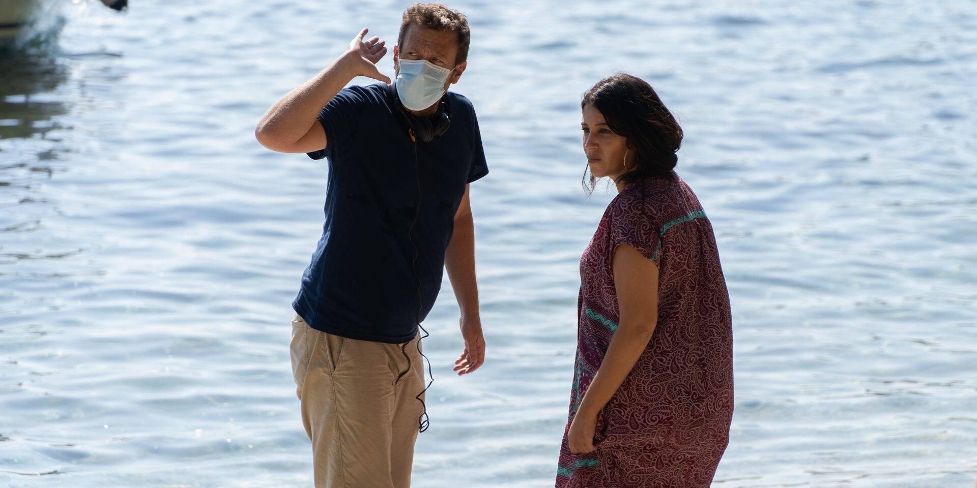 """Joachim Lafosse et Leïla Bekhti sur le tournage des """"Intranquilles""""."""