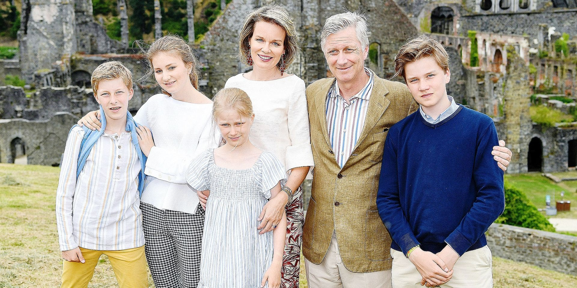 Villers-la-Ville , 24/06/2018 Belgium's King Philippe, Queen Mathilde, Princess Elisabeth, Prince Gabriel, Prince Emmanuel and Princess Eléonore visit during their holidays the Abbaye de Villers (Villers Abbey), situated in the commune of Villers-la-Ville. The Abbey was founded in the 12th Century, under the aegis of Saint Bernard. Pix : King Philippe / Queen Mathilde/ Prince Gabriel / Princess Elisabeth / Prince Emmanuel / Princess Eleonore Copyright Frederic Sierakowski / POOL / Reporters Reporters / GYS