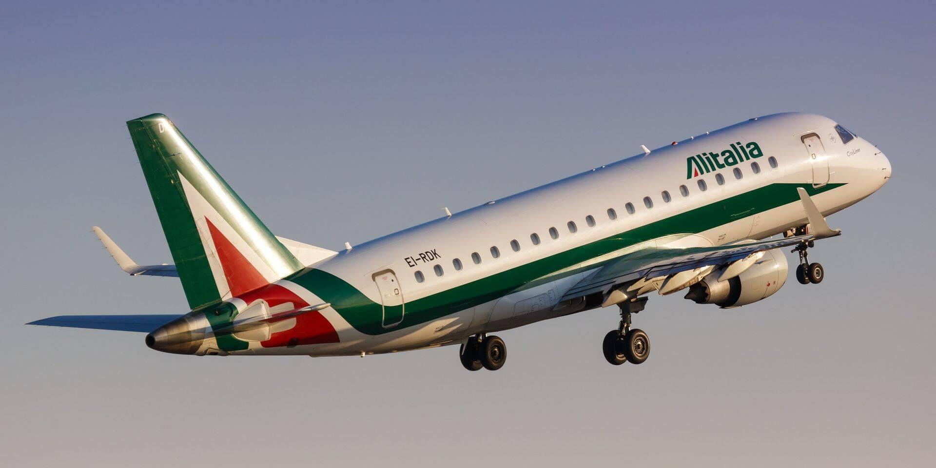 "Coronavirus: Alitalia lance des vols ""Covid-free"" entre Rome et Milan"