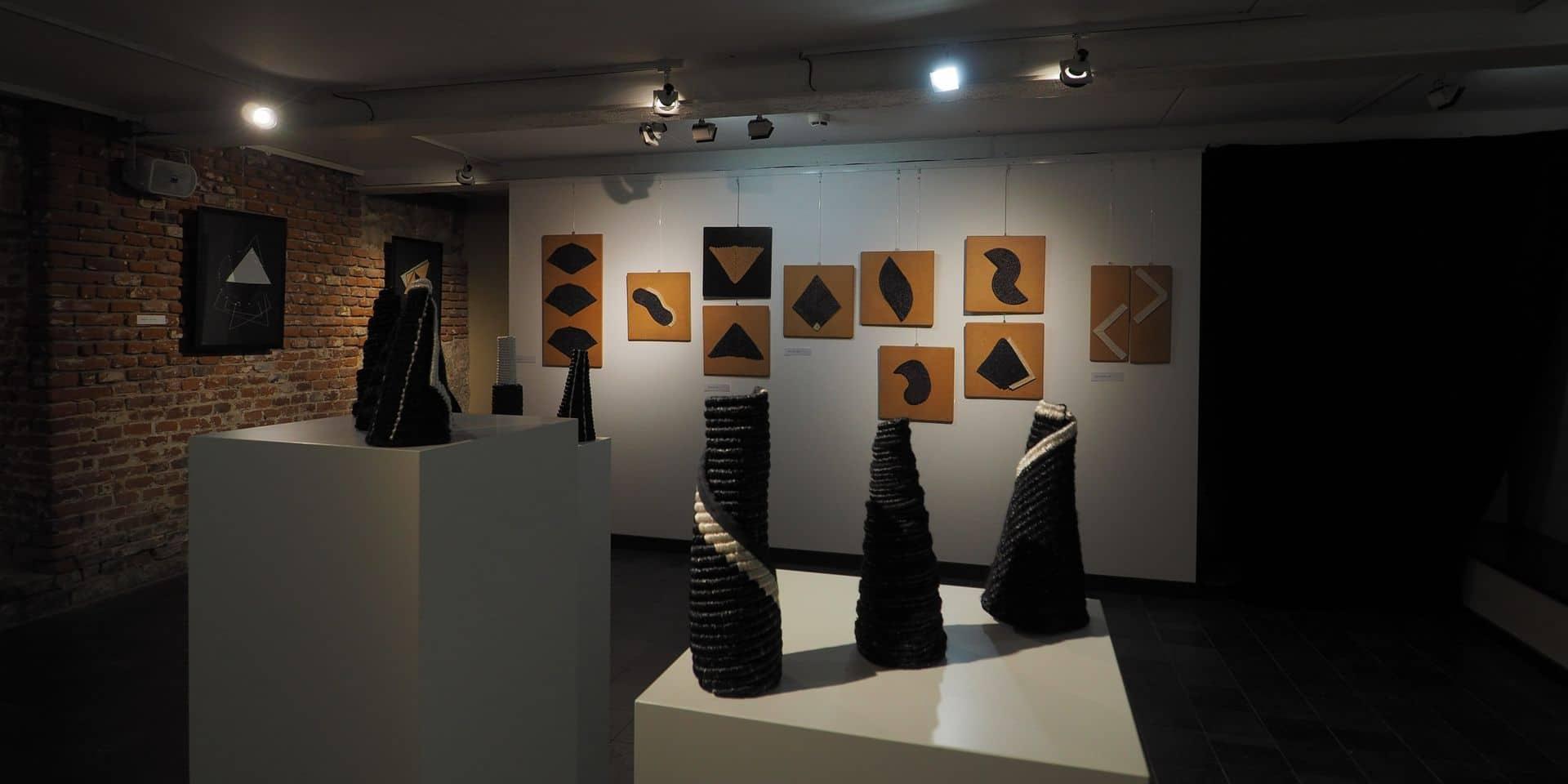 Les subtiles tapisseries de Marika Szaraz