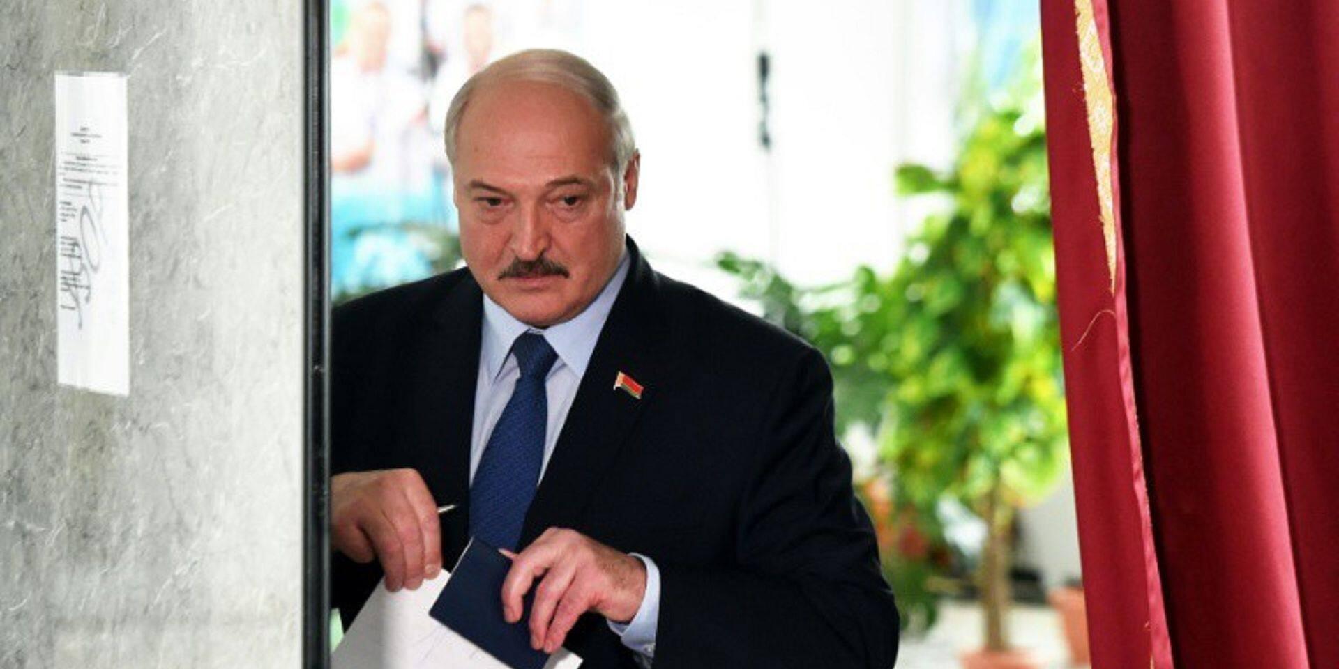"""""""Si le Bélarus tombe, la prochaine sera la Russie"""", estime Loukachenko"""