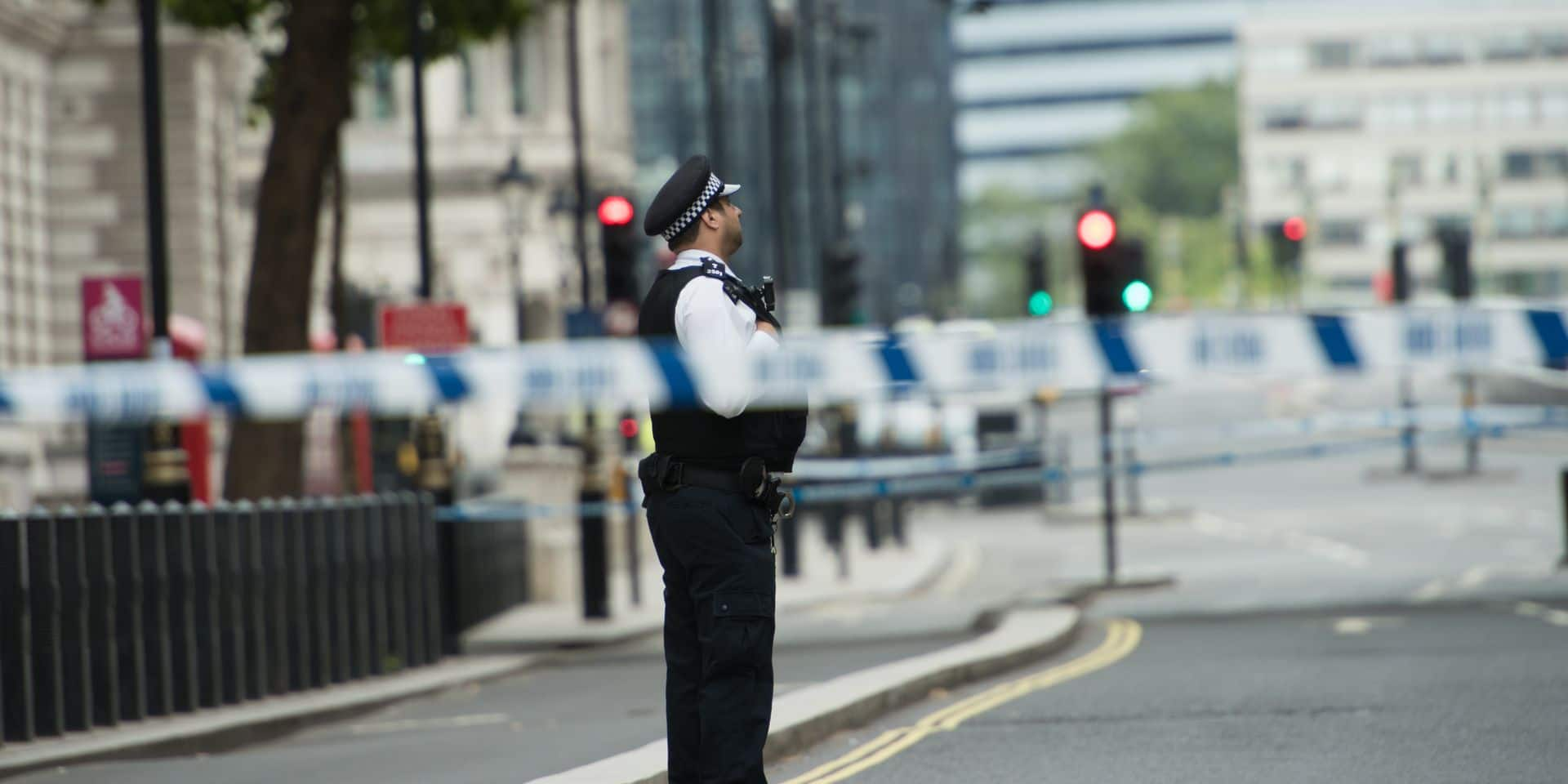 Un homme a été poignardé devant le ministère de l'Intérieur à Londres