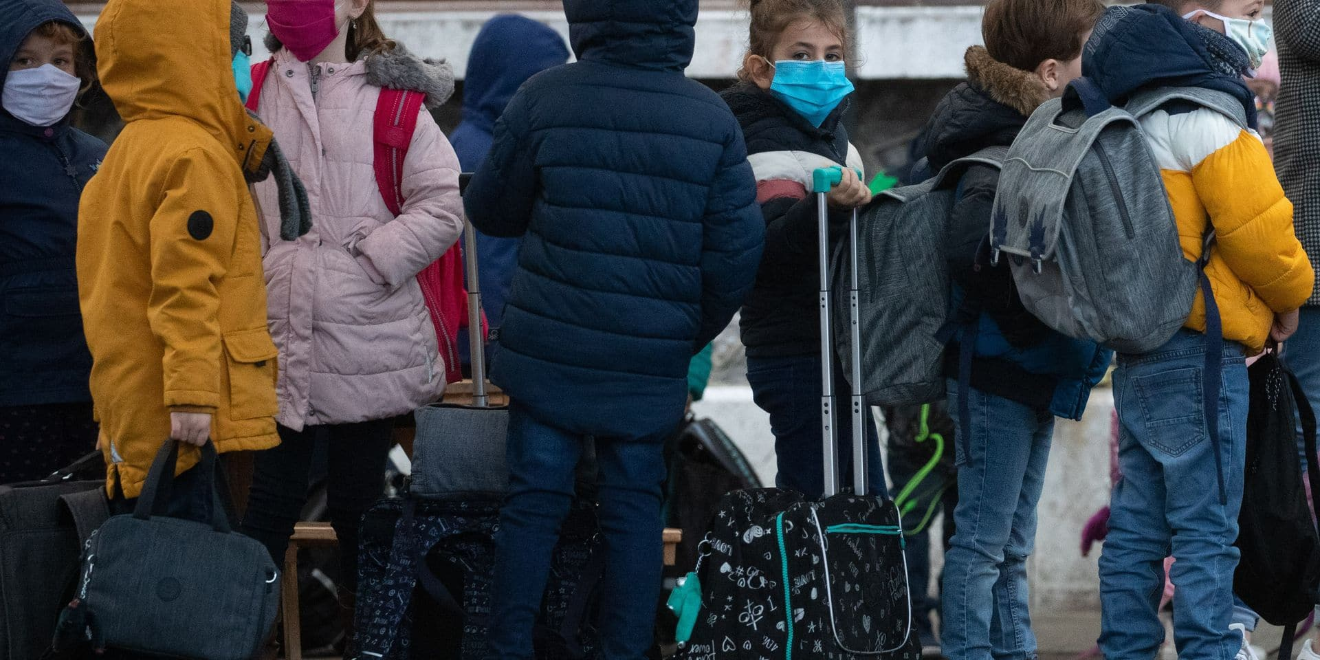 """""""Nous sommes dans une situation de rentrée quasi normale"""" : les quarantaines post-voyage n'ont pas désorganisé l'école"""