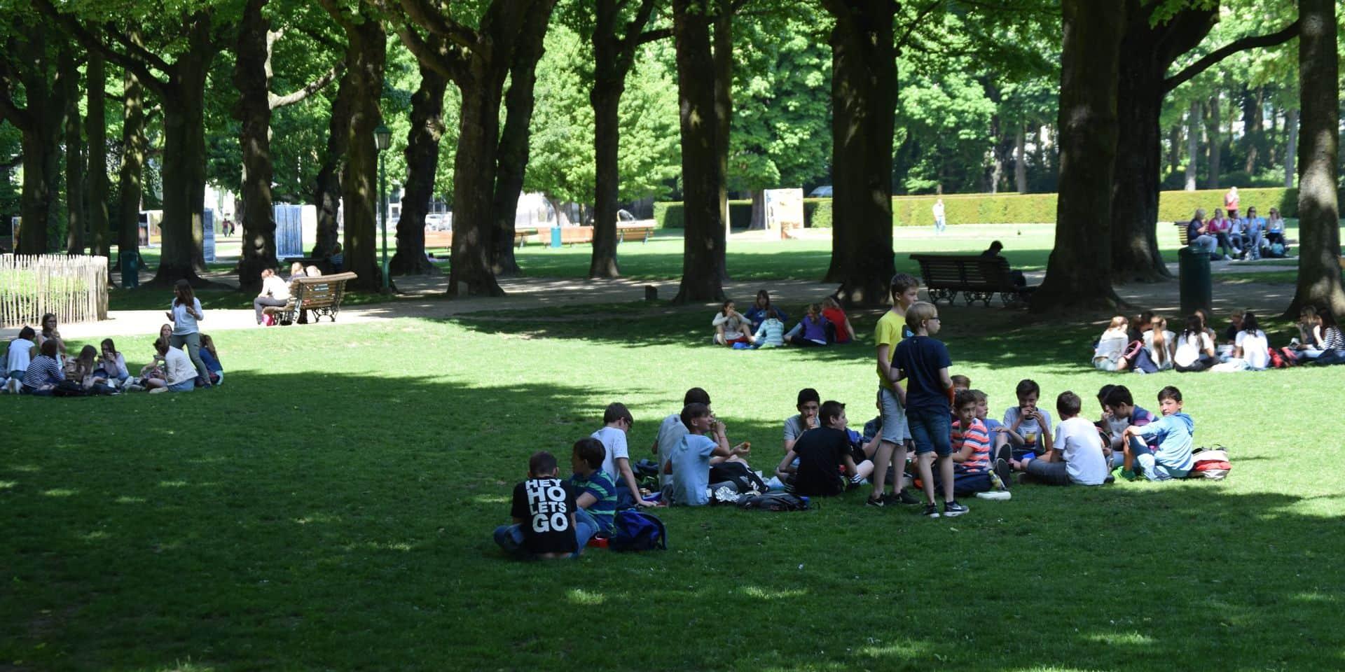 La commune de Vilvorde réduit la bulle sociale à 10 personnes pour les pique-niques