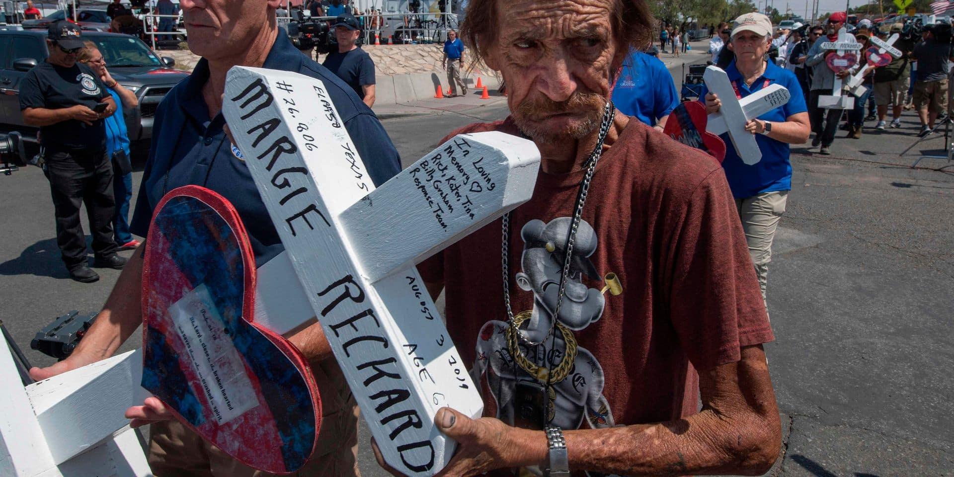 Le chagrin de cet homme émeut l'Amérique