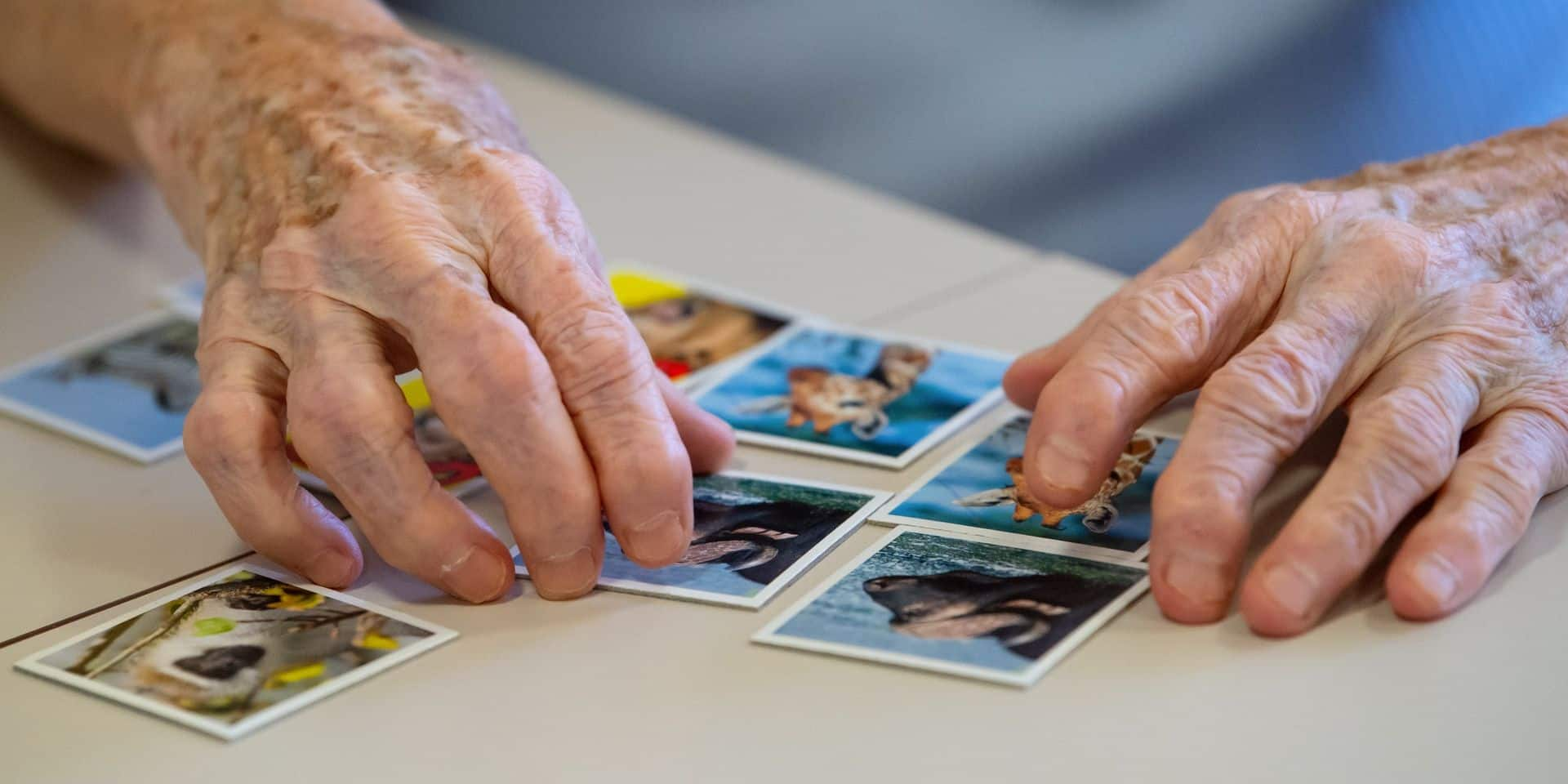 En analysant la façon d'écrire d'un groupe de personnes, des chercheurs ont prédit qui allait développer la maladie d'Alzheimer
