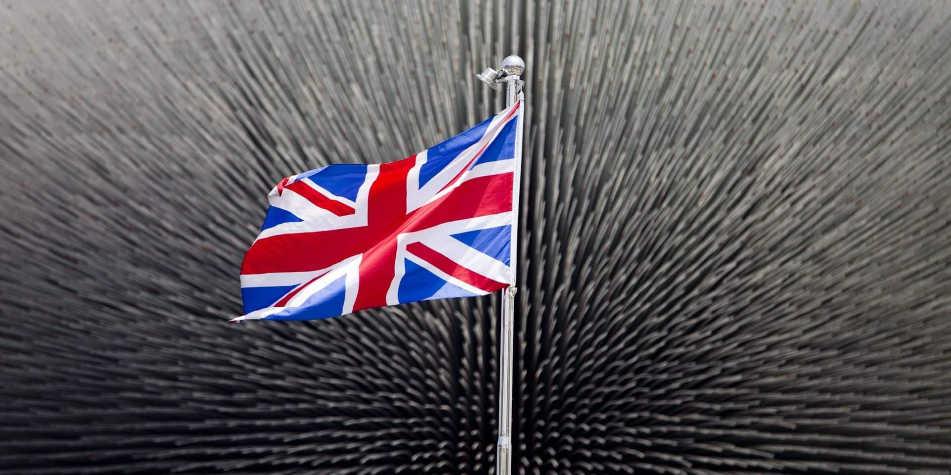 Royaume-Uni: la dette publique dépasse 2.000 milliards de livres pour la première fois