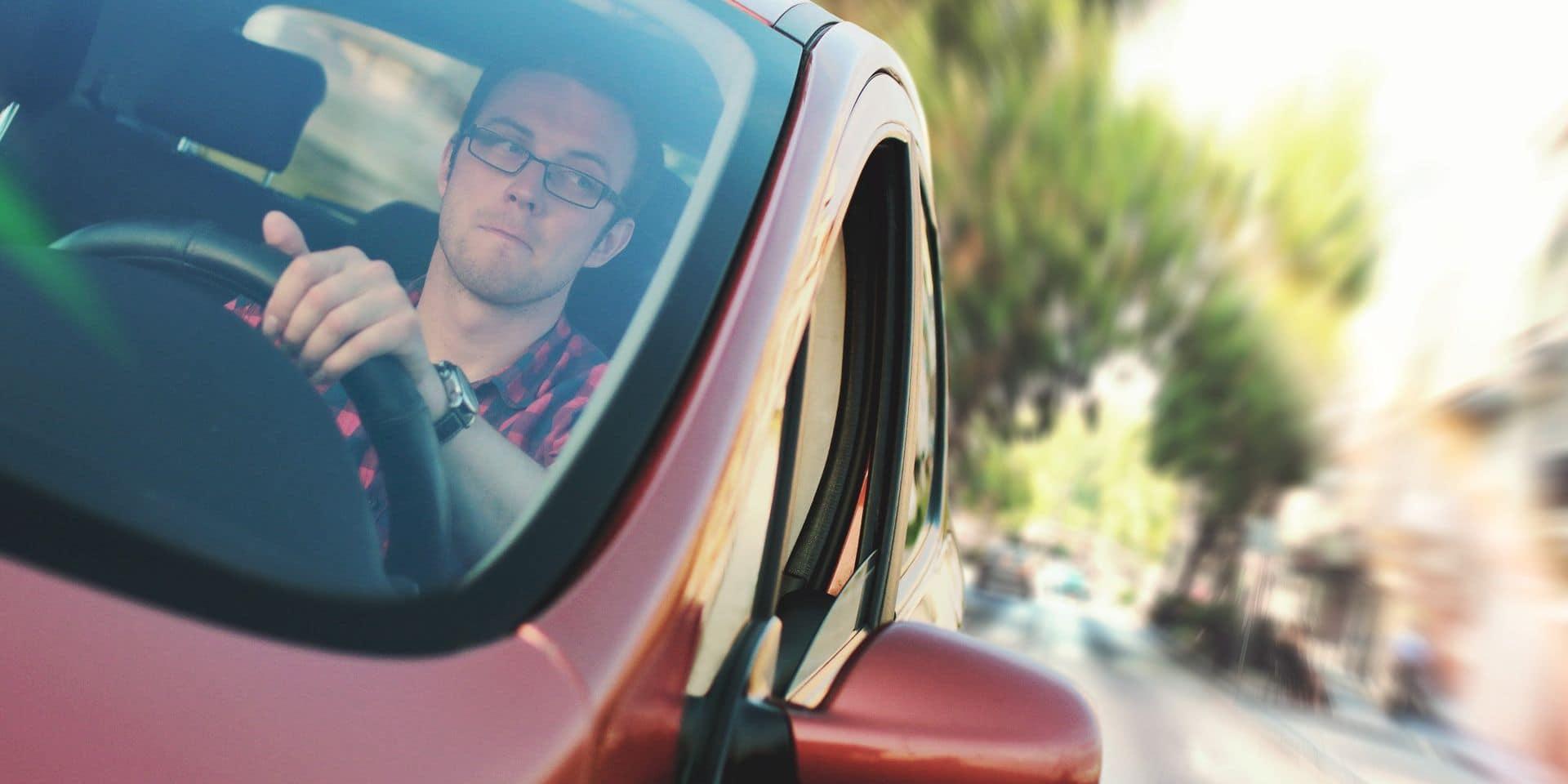 Stressé en voiture? Une astuce pour se détendre au volant