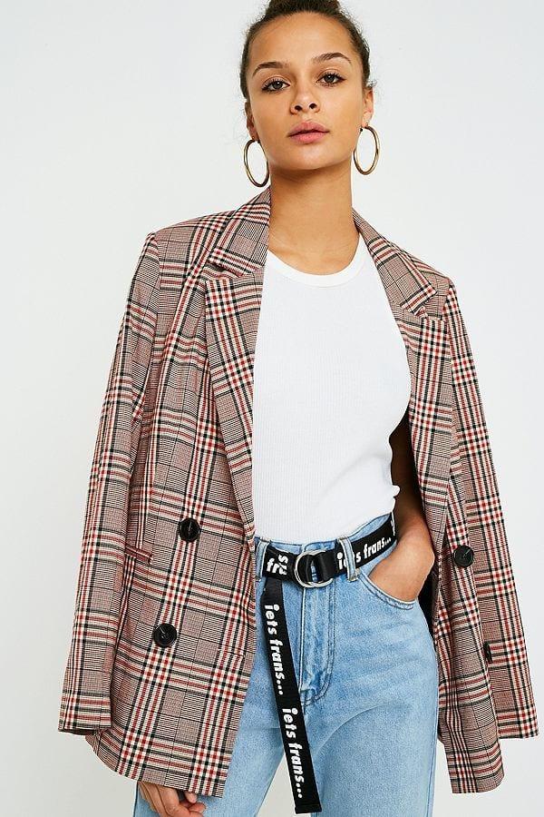 Blazer en polyester, viscose et élasthane, Urban Outfitters, 95€