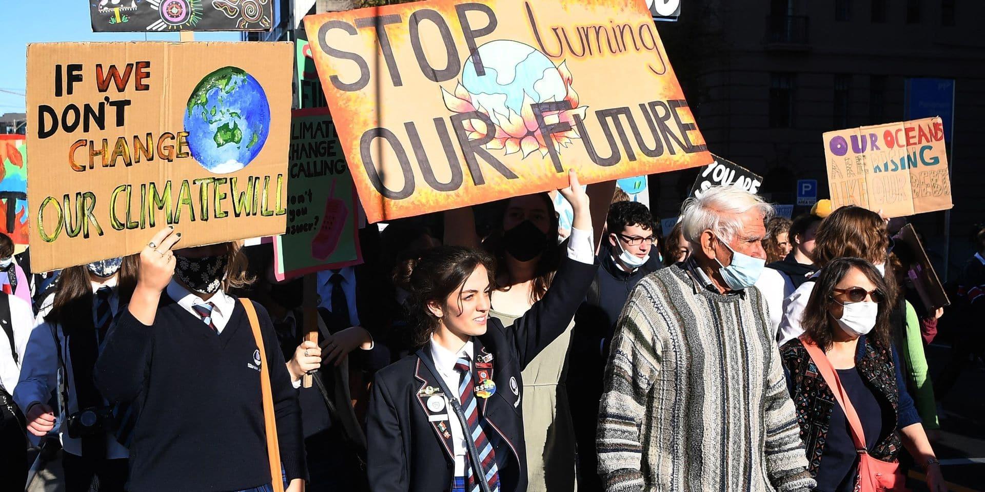 Des milliers de jeunes Australiens sèchent les cours pour manifester pour le climat