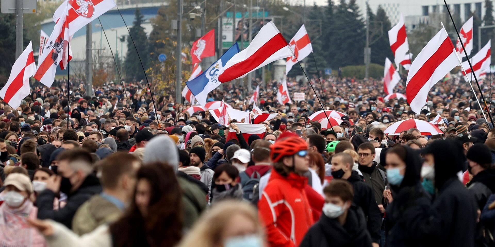 """Pour l'opposante Svetlana Tikhanovskaïa, c'est la démission ou la grève: """"Les Biélorusses sont fatigués, mais ils sont aussi motivés"""""""
