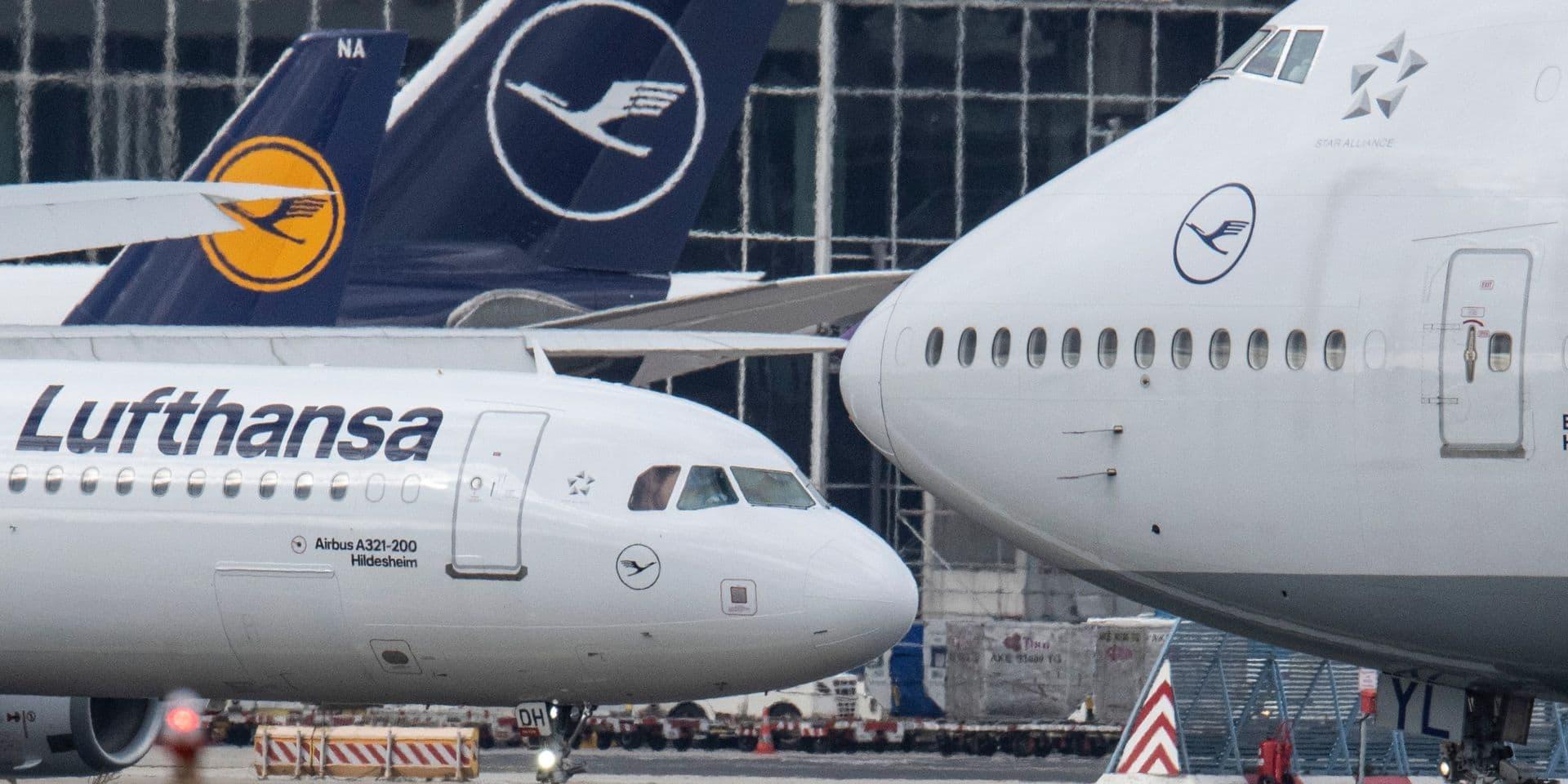 Lufthansa gèle ses embauches et propose des congés sans solde pour limiter les conséquences du coronavirus