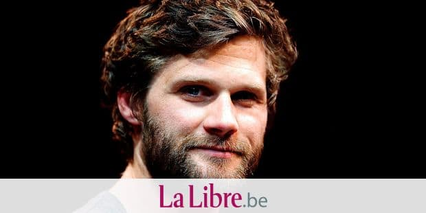 (FILES) In this file photo taken on May 22, 2014 French-British stage director and actor Alexis Michalik poses at the Pepiniere theatre in Paris. - The young French-British playwright and director dreamed for 10 years to make this film which is released in theaters on January 9, 2019, to tell how Edmond Rostand's most famous piece will end, against all odds, to win an instant and historic success. (Photo by FRANCOIS GUILLOT / AFP)