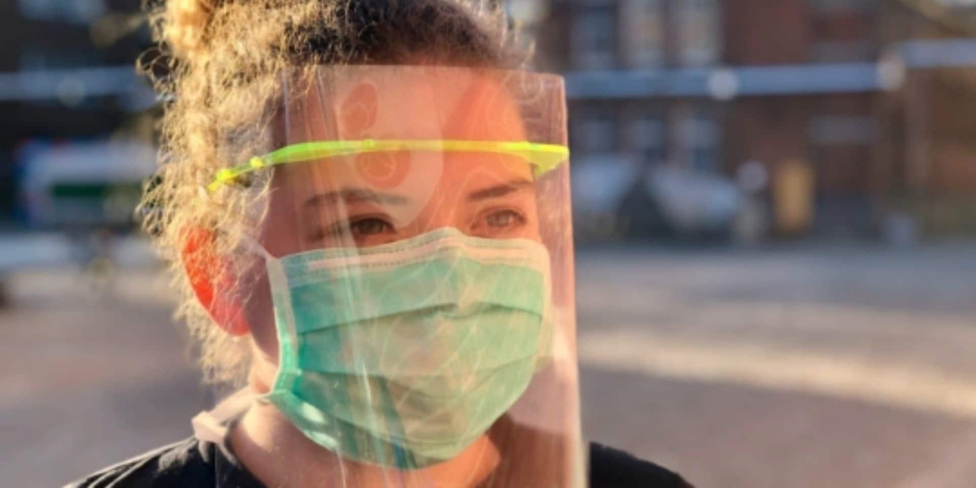"""Coronavirus: des ingénieurs belges développent un """"surmasque"""" à destination du personnel médical"""