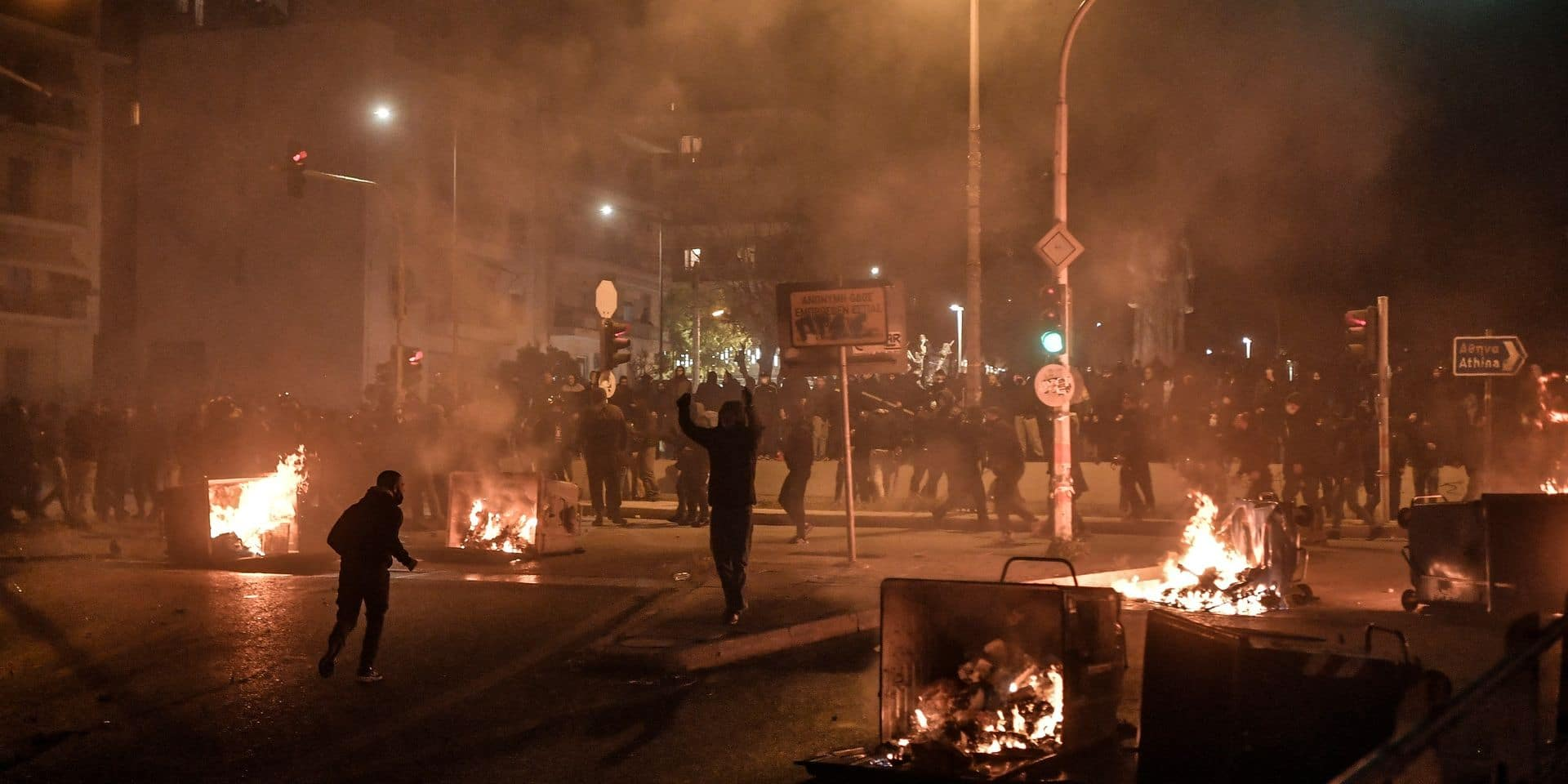 10 policiers blessés, 16 interpellations en marge d'une manifestation à Athènes