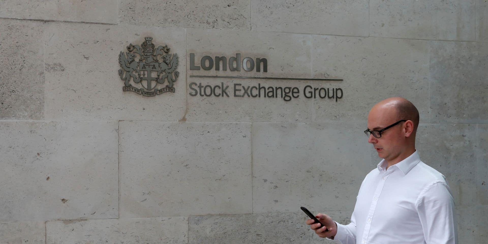 La Bourse de Londres accroît ses pertes pendant le discours de Boris Johnson sur le Brexit