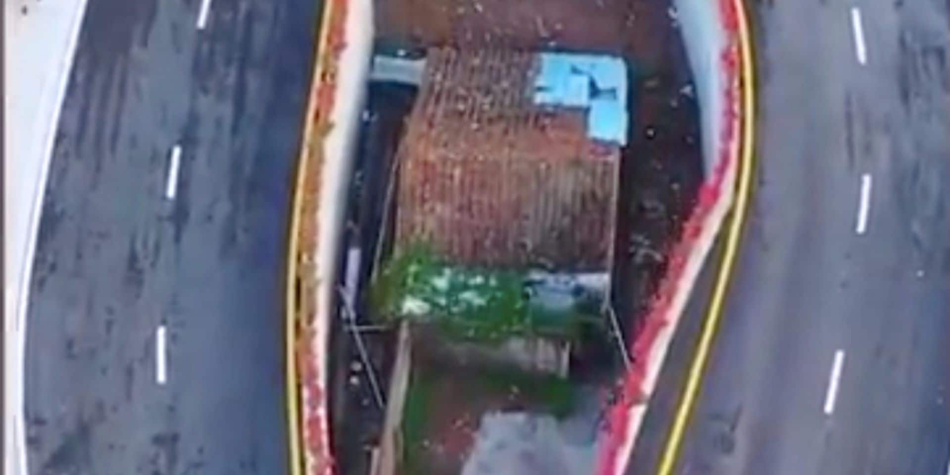 """Le phénomène des """"maisons clous"""" ressurgit en Chine : info ou coup de com' des autorités ?"""