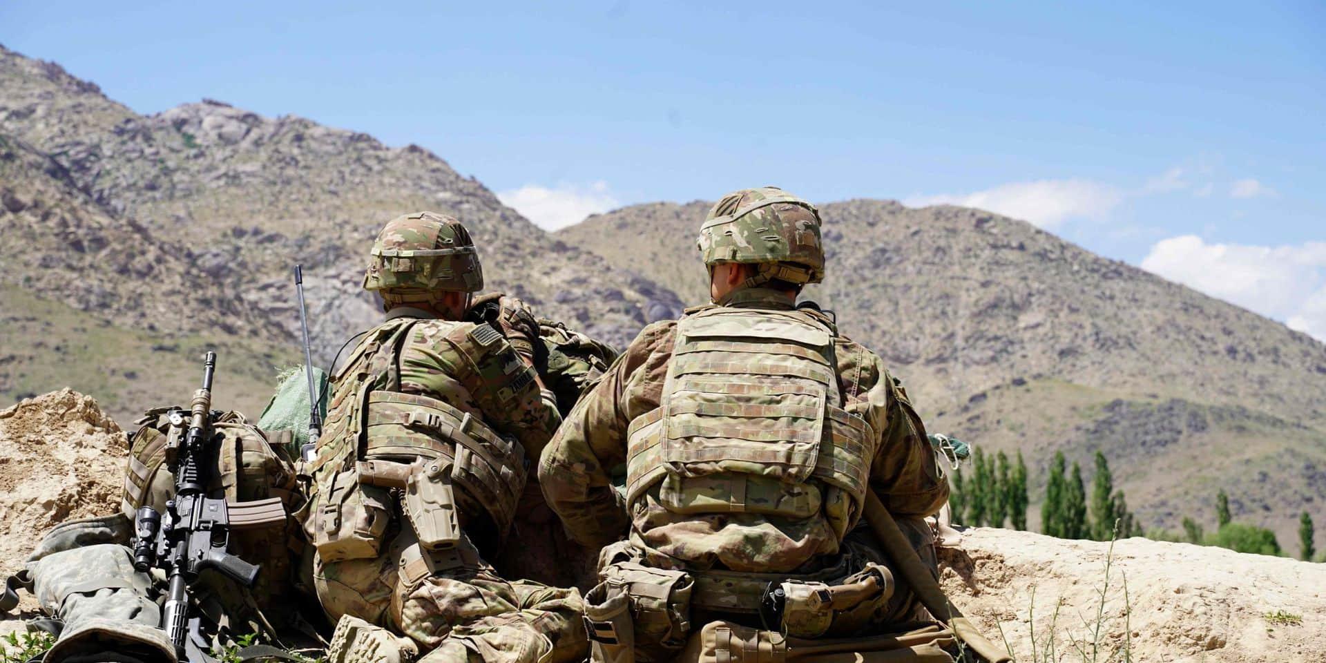 Les talibans confirment des pourparlers avec les USA