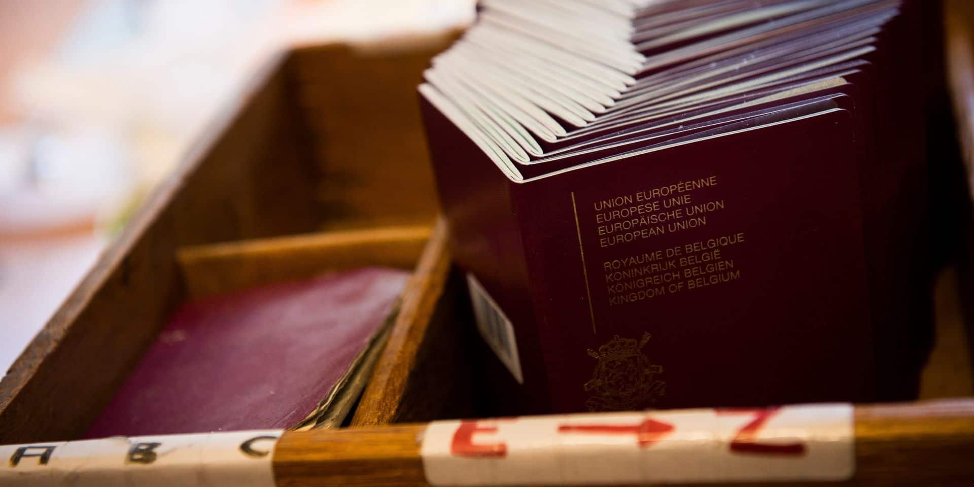 """""""La loi considère les binationaux comme des citoyens de seconde zone"""""""