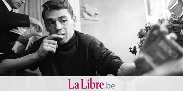 LECOEUVRE ABACA 49814-24 LEGENDARY SINGER JACQUES BREL BACKSTAGE AT THE OLYMPIA IN NOVEMBER 1961