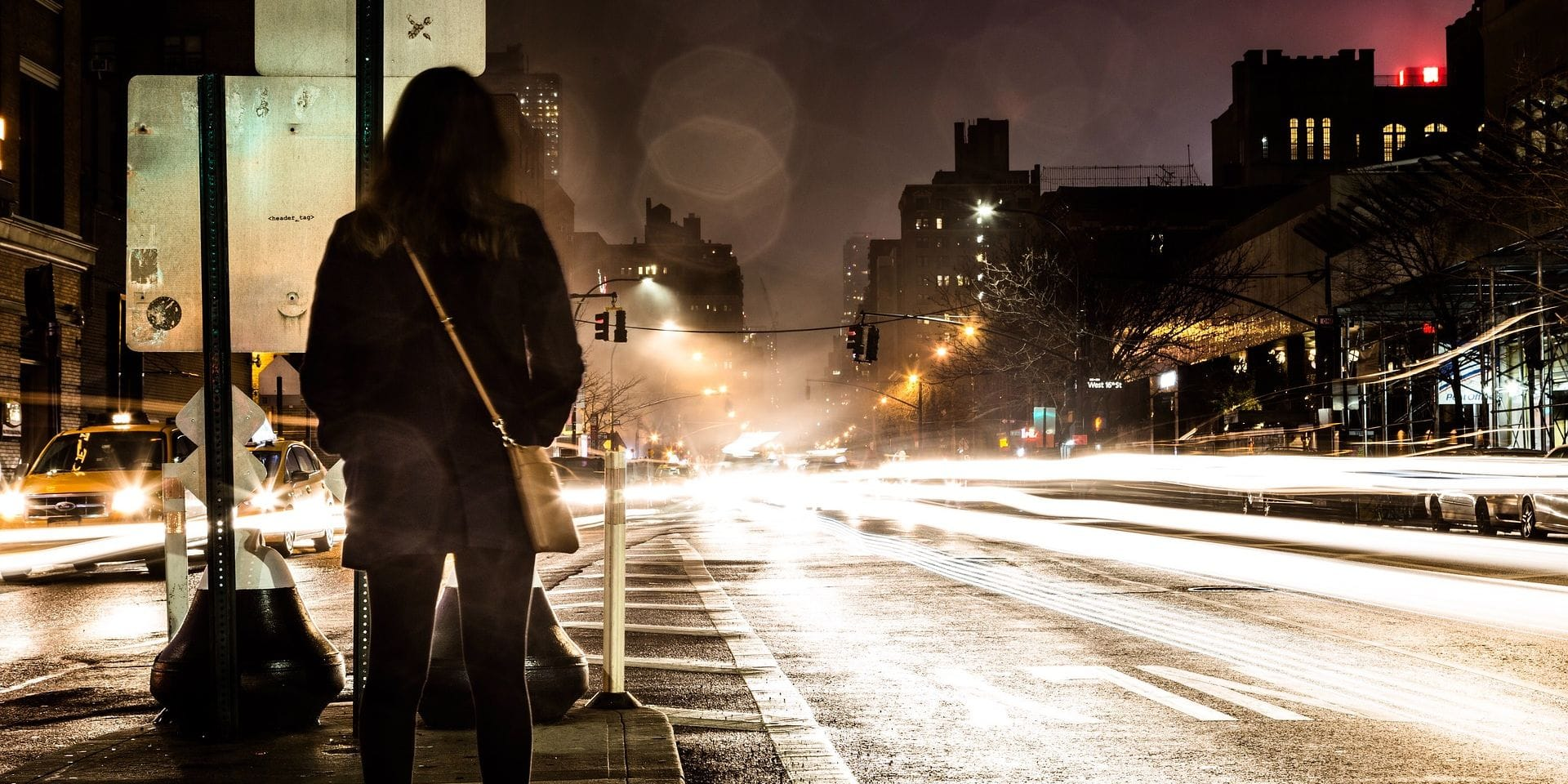 Appel à témoignages : Mesdames, vous sentez-vous en sécurité lorsque vous marchez seule en rue ?