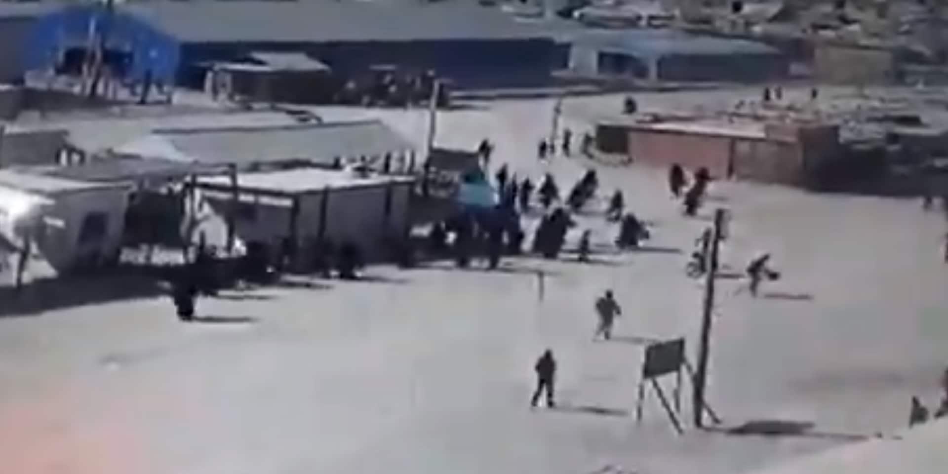 Des femmes djihadistes manifestent à l'intérieur du principal camp tenu par les Kurdes syriens
