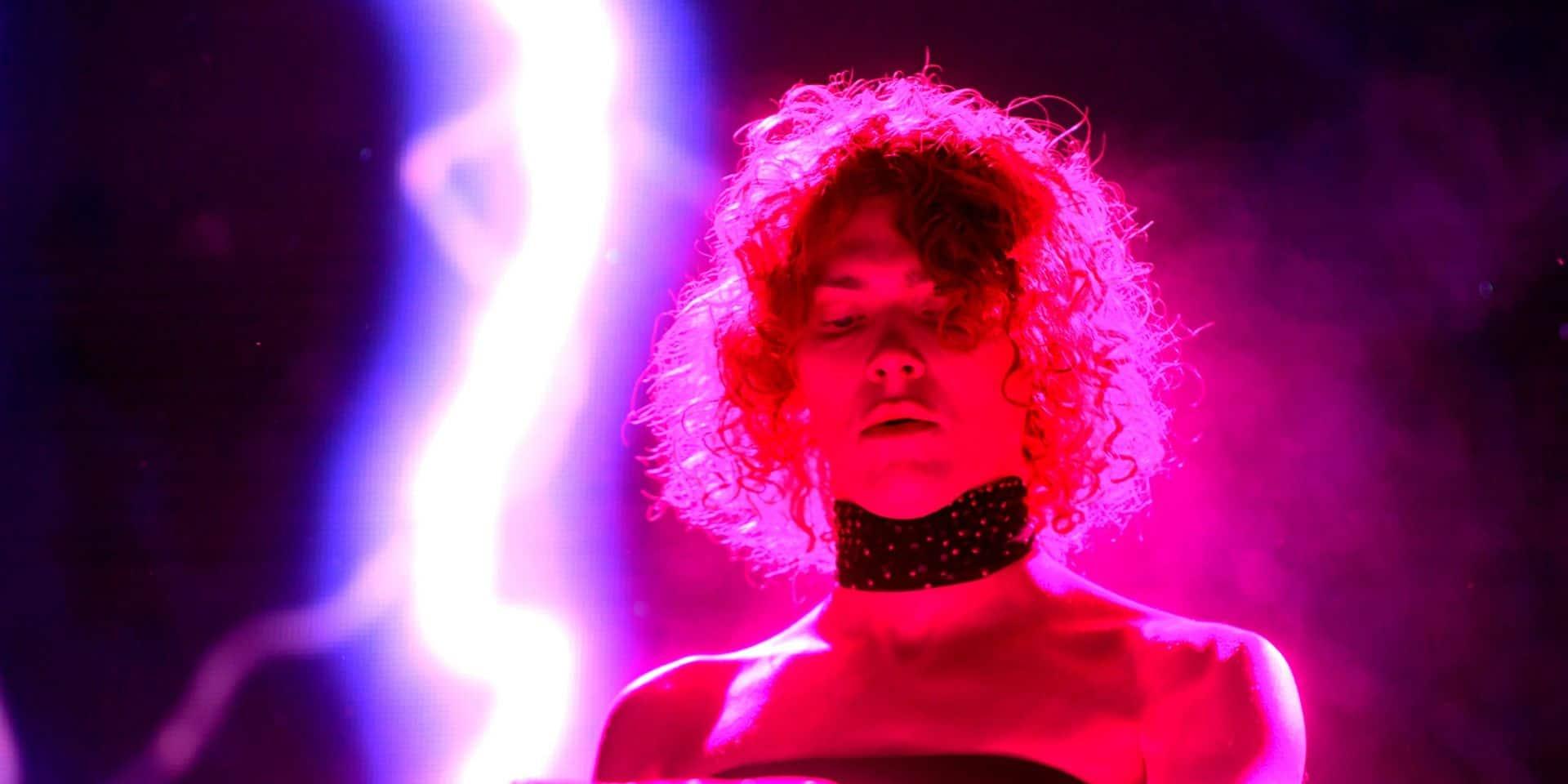 """Décès de la productrice écossaise de pop Sophie à l'âge de 34 ans, dans un """"terrible accident"""""""