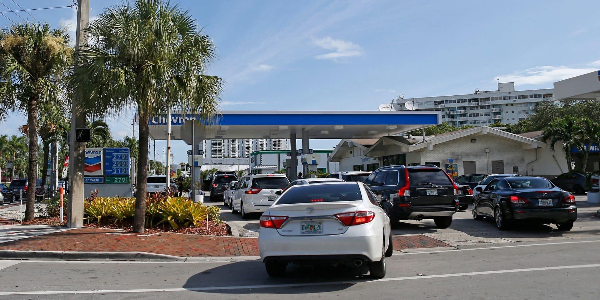 Ruées sur le carburant dans les stations, après la cyberattaque d'un réseau d'oléoducs américain