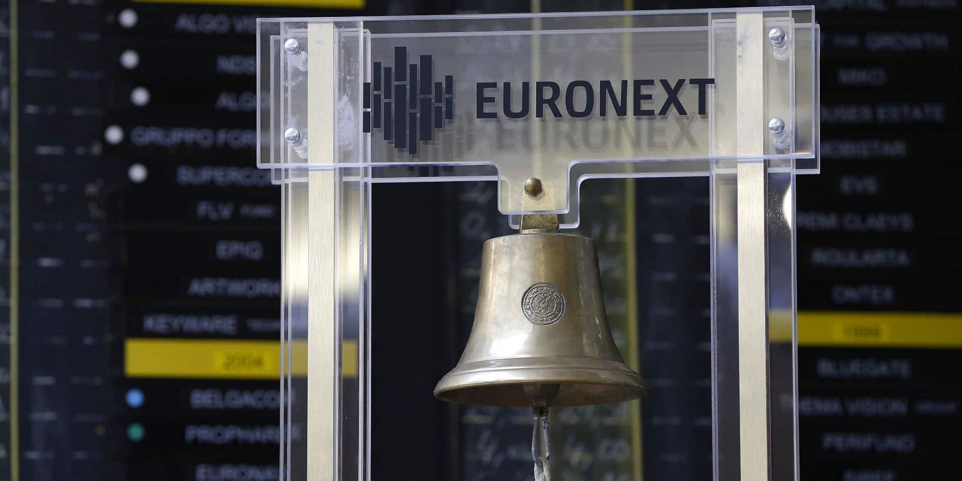 Les bourses européennes finissent en recul à la clôture, au lendemain d'un effondrement généralisé