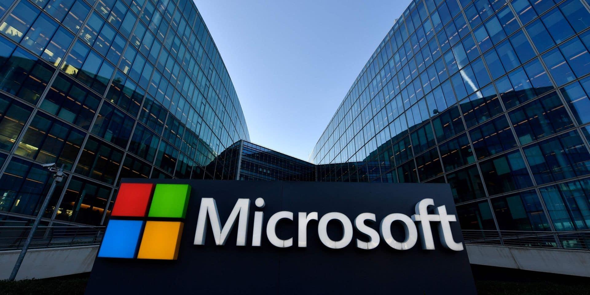 """Microsoft profite de la pandémie mais la croissance du """"cloud"""" ralentit"""