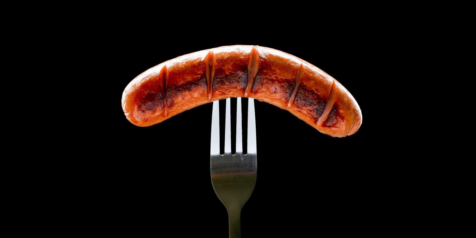 Un cambriolage résolu grâce à une saucisse à moitié mangée